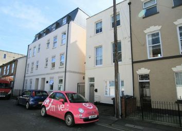 Thumbnail 1 bedroom property to rent in Wellington Street, Gloucester