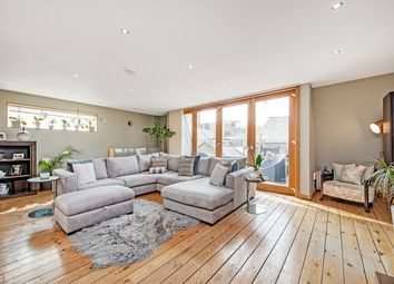 Thumbnail 3 bed flat for sale in Cottons Gardens, Shoredtich, London
