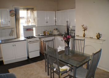 Thumbnail 1 bed flat to rent in Lumb Lane West Yorkshire, Bradford BD8, Bradford,
