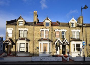 Thumbnail 1 bed flat to rent in East Hill, Wandsworth Town, London