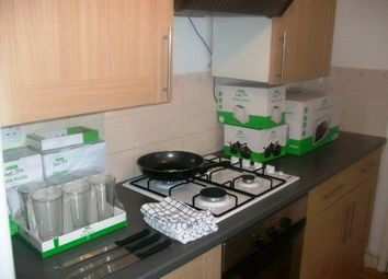 Thumbnail 6 bed flat to rent in Queen Street, Portsmouth