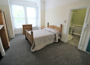 Thumbnail 8 bed shared accommodation to rent in Connaught Avenue, Mutley, Plymouth