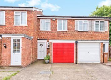 2 bed terraced house for sale in Lyndhurst Way, South Sutton SM2