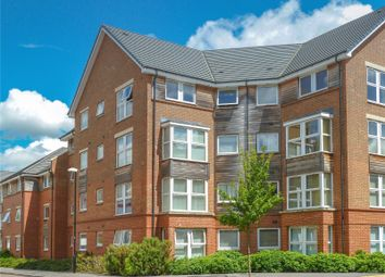 2 bed flat to rent in Chain Court, Old Town, Swindon, Wiltshire SN1