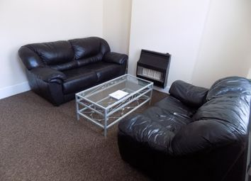 Thumbnail 3 bed terraced house to rent in Hampton Road, Luton, Bedfordshire