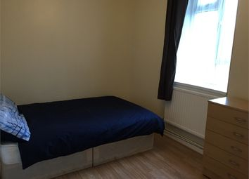 Room to rent in Ashcombe House, Devons Road E3