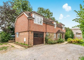 Thumbnail 3 bed detached house to rent in Botley Road, Fair Oak, Eastleigh
