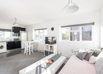 Thumbnail 2 bed flat for sale in Prospect Road, Woodford Green