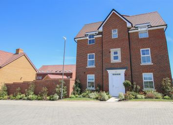 Thumbnail 4 bed town house for sale in Acorn Path, Broughton, Aylesbury