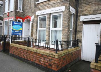Thumbnail 2 bed flat to rent in 99 De La Pole Avenue, Hull