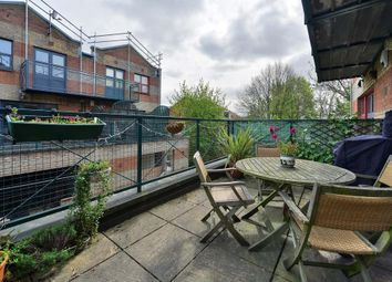 2 bed maisonette to rent in Bruges Place, Baynes Street, Camden Town NW1