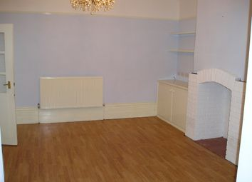 Thumbnail 6 bedroom shared accommodation to rent in Somerset Road, Almondbury