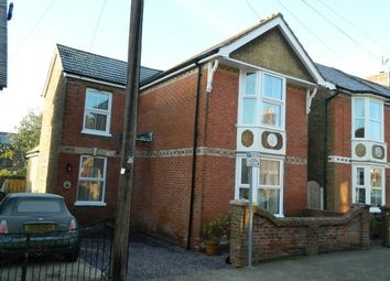 Thumbnail 3 bed property to rent in Devonshire Road, Horsham