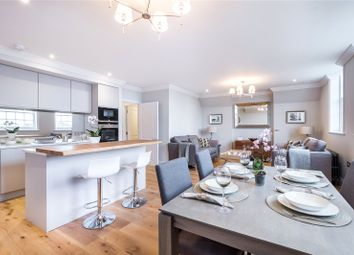 Thumbnail 2 bedroom flat for sale in Thornhill Road, London