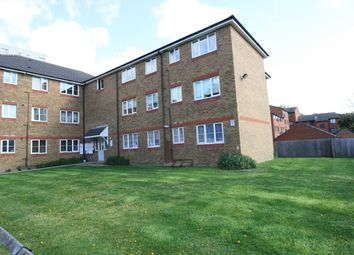 Thumbnail 2 bed flat to rent in Argent Street, Grays