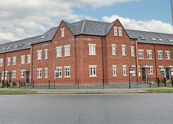 Thumbnail 1 bed flat for sale in Glebe Road, Hull