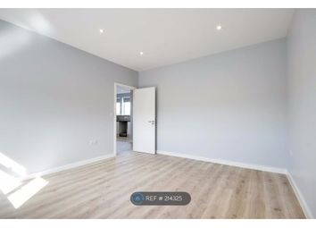 Thumbnail 2 bed flat to rent in Turners Hill, Cheshunt