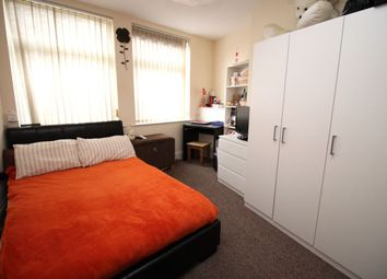 Thumbnail 1 bed flat to rent in Sandringham Road, Doncaster