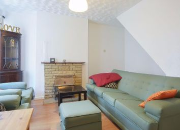Thumbnail 3 bedroom shared accommodation to rent in Fanshaw Street, London