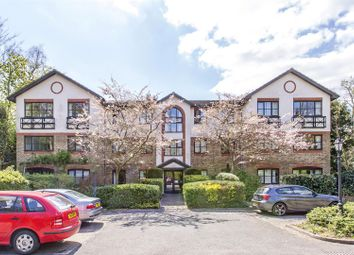 Thumbnail 1 bed flat to rent in Heathview Court, 70 Parkside, Wimbledon