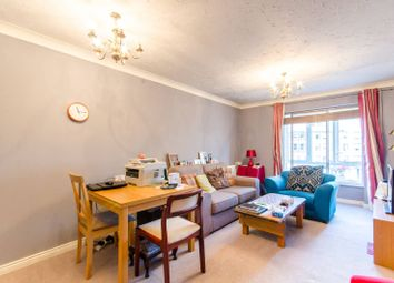 1 bed flat for sale in Kingsway N12, North Finchley, London
