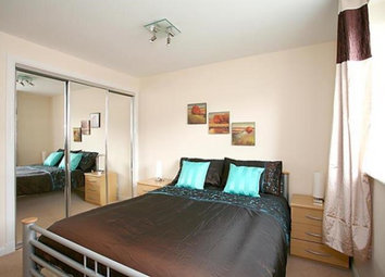 Thumbnail 2 bed flat to rent in South College Street Aberdeen, Aberdeen