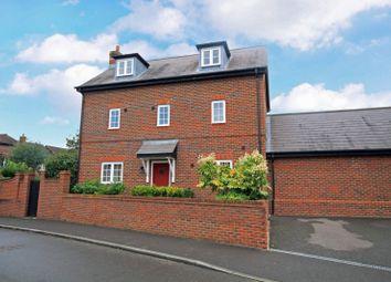 Thumbnail 5 bed detached house for sale in Holders Close, Billingshurst