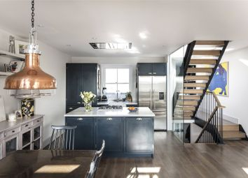 2 bed maisonette to rent in Lancaster Road, London W11