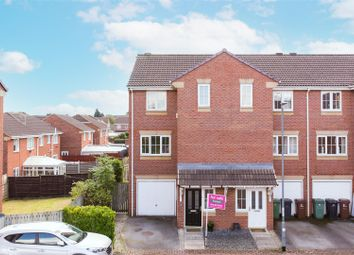 Thumbnail 4 bed town house for sale in Kensington Way, Leeds