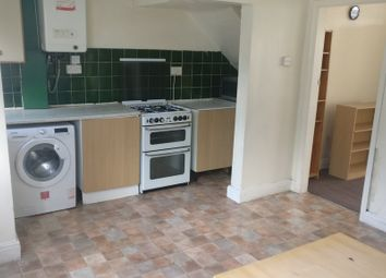 3 bed terraced house to rent in Park View Avenue, Burley, Leeds LS4