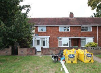 Kingsland Close, Paulsgrove, Portsmouth PO6. 3 bed terraced house