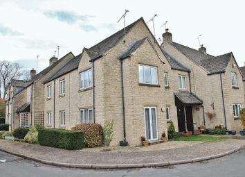 Thumbnail 2 bed flat for sale in St Mary's Mead, Witney
