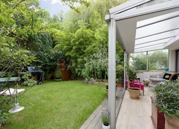 Thumbnail 2 bed apartment for sale in Suresnes, Suresnes, France