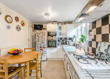 Thumbnail 3 bedroom maisonette for sale in Coopers Lane, King's Cross