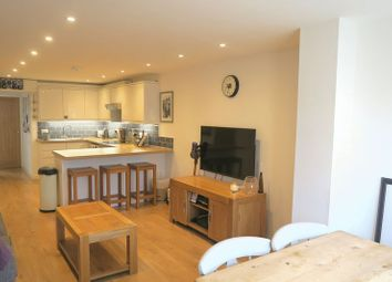 Thumbnail 2 bed flat to rent in Bond Street, Englefield Green, Egham