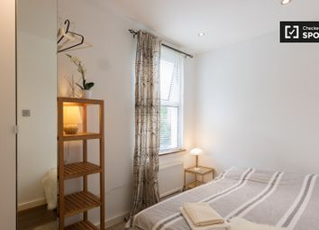 Thumbnail Room to rent in Middle Road, London
