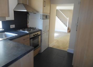 Thumbnail 1 bed flat to rent in Alhambra Road, Southsea