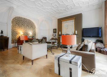 Thumbnail 4 bed flat to rent in Courtfield Gardens, London
