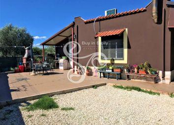 Thumbnail 2 bed villa for sale in 084-18, Traversa Km 398 di Via Elorina 12 Siracusa, Italy