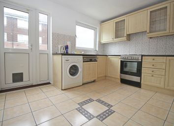 Thumbnail 3 bed town house to rent in Rowan Close, London