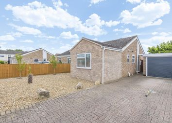 2 bed bungalow for sale in Bicester OX26,