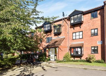 Thumbnail 1 bed flat for sale in Warwick Gardens, Harringay, London
