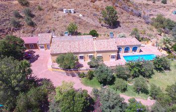 Thumbnail 5 bed country house for sale in Monda, Málaga, Spain