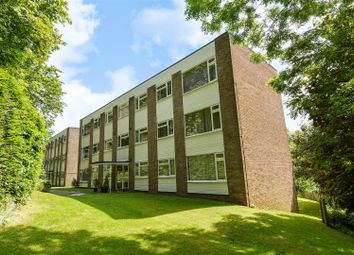 Thumbnail 1 bedroom flat for sale in Downswood, Reigate