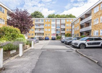 Thumbnail 2 bed flat to rent in Radstone Court, Woking