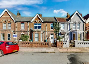 2 bed flat for sale in Mill Road, Eastbourne BN21