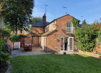Northfield End, Henley-On-Thames RG9. 4 bed terraced house
