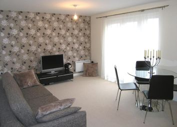 Thumbnail 2 bed flat to rent in Waterfall Close, Hoddesdon