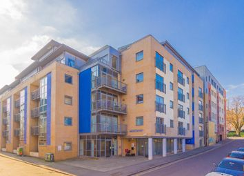 Thumbnail 1 bed flat for sale in King Square Avenue, Bristol