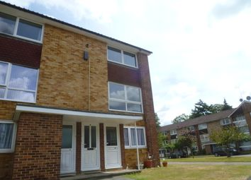 Thumbnail 2 bedroom flat to rent in Liebenrood Road, Reading